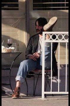 50 Latest Photos of Keanu Reeves . Keanu Reeves John Wick, Keanu Reeves Meme, Keanu Reeves Young, Keanu Reeves Movies, Keanu Charles Reeves, Keanu Reaves, Look Man, Cyberpunk 2077, Johnny Depp