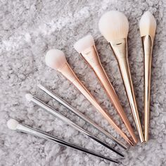 Image via We Heart It #makeupbrush #realtechniques #boldmetals #boldmetalscollection