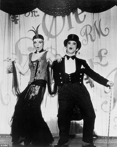 Cabaret star Joel Grey comes out at age 82 | Daily Mail Online