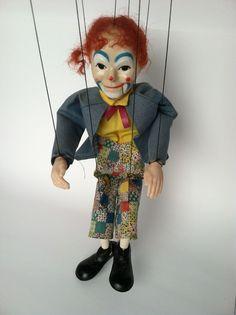 http://www.ebay.com/itm/Vintage-Hazelle-Puppet-Company-Airlplane-Control-Talking-Clown-Marionette-/251621146377?pt=Vintage_Antique_Toys_US