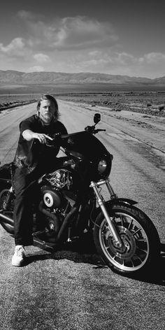 Sons Of Anarchy Movie, Sons Of Anarchy Samcro, Sons Of Anachy, Jackson Teller, Sons Of Anarchy Motorcycles, Cute Celebrity Guys, Biker Boys, Teen Wolf Boys, Jax Teller