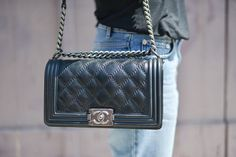Chanel Boy superbe !! je l'adore :-)