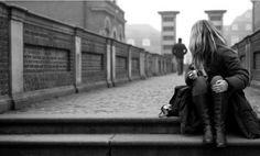 Parte de viver incluir lidar com rejeição, traição, solidão e outros sentimentos tão terríveis que parece doerem como doenças físicas. E doem mesmo. Pesquisas recentes mostram que a dor da rejeição dispara os mesmos neurônios no cérebro que a dor de uma queimadura ou contusão.