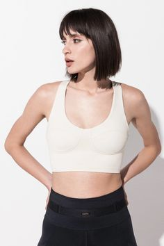 Elegant and functional, this padded, corset-inspired sports bra is in an incredibly comfortable piece that you will be wearing every day. Perfect for yoga, training or to substitute your regular bra. French Fabric, Athleisure Wear, Bra Tops, Bra Sizes, Corset, Perfect Fit, Active Wear, Bodysuit, Silhouette