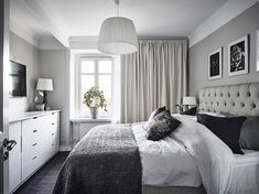 37 Small Bedroom Designs and Ideas for Maximizing Your Small Space That Pop - The Trending House Small Bedroom Designs, Small Room Bedroom, Room Ideas Bedroom, Home Bedroom, Modern Bedroom, Small Rooms, Master Bedroom, White Bedroom Decor, Small Bedroom Inspiration