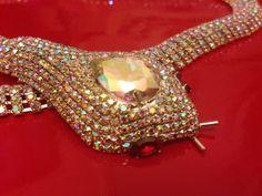 Stunning Beautiful New Butler Wilson style Gemstone Snake Statement necklace