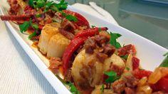 Kamskjell med chorizo og paprika