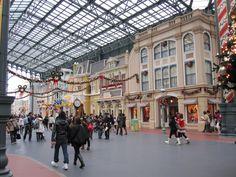 tokyo disney - main street