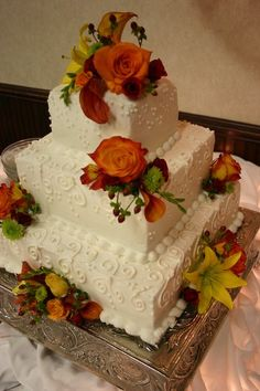 Square Wedding Cakes Photos & Pictures - WeddingWire.com