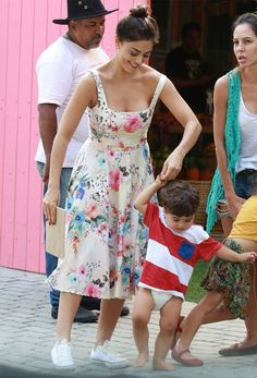 Juliana Paes look floral dress