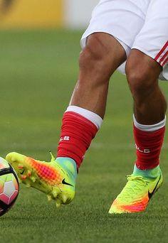 Andre Horta (Benfica) Nike Magista Obra 2