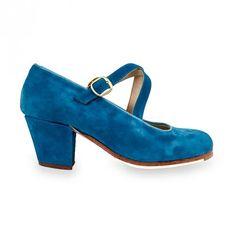 RAQUEL   Zapato de flamenco para mujer en ante.  Made in Spain. #flamenco #zapatoflamenco #flamencoshoes