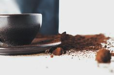 Kaffeeform - a coffee cup made from coffee grounds - Sustainability Guide Co2 Neutral, Safe Food, Biodegradable Products, Coffee Cups, Tableware, Ethnic Recipes, Material, Recycling, Environment