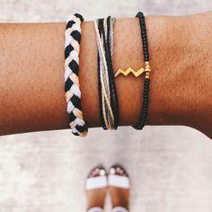 Cute Jewelry, Jewelry Crafts, Jewelry Accessories, Pura Vida Bracelets, Diamond Life, Summer Bracelets, Meraki, Beaded Choker, Adjustable Bracelet