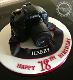 Canon Camera - Cake by kingfisher