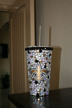 New Orleans SAINTS Bling Tumbler you could make for any team Saints Gear, New Orleans Saints Football, Who Dat, All Things New, Painted Wine Glasses, Fantasy Football, Carolina Panthers, Football Season, Crafts To Make