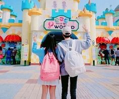 Images and videos of ulzzang couple Korean Boys Ulzzang, Ulzzang Couple, Ulzzang Boy, Korean Girl, Cute Couple Pictures, Best Friend Pictures, Anime Couples, Cute Couples, Girl Friendship
