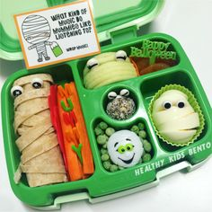 Healthy kids bento - Halloween mummy lunch for my boy in the bentgo kids lunch box, this one was heaps of fun! Bento Box Lunch For Kids, Kids Lunch For School, Lunch Snacks, Lunch Box, Kid Lunches, Healthy School Lunches, Toddler Meals, Kids Meals, Toddler Food