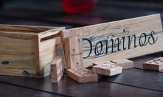 Domino set in cherry wood and sugar maple wood Garage Atelier, Cherry, Sugar, Wood, Photo Galleries, Boutique Online Shopping, Gaming, Woodwind Instrument, Timber Wood