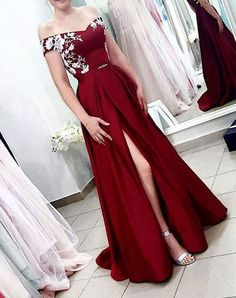 Buy A Line Off the Shoulder Burgundy Satin Split Sweetheart Long Prom Dresses with Lace online.Shop short long ombre prom, homecoming, bridesmaid evening dresses at Couture Candy Cocktail party dresses, formal ball gowns in ombre colors. Elegant Ball Gowns, Elegant Prom Dresses, Grad Dresses, Formal Evening Dresses, Party Dresses, Dress Formal, Maxi Dresses, Pink Dresses, Formal Gowns