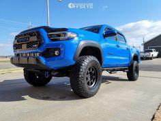"2021 Toyota Tacoma - 17x9 -12mm - Method MR701 - Suspension Lift 3"" - 285/75R17 Toyota Tacoma, Monster Trucks, Gallery, Vehicles, Roof Rack, Tacoma World, Car, Vehicle, Tools"