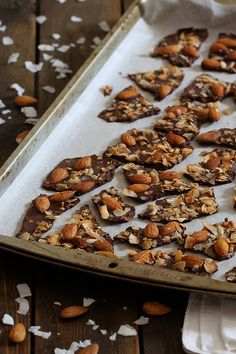 Low Carb & Paleo Almond Coconut Bark | the perfect healthy snack that absolutely satisfies! | www.tasteaholics.com