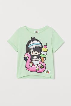 Glitter-print T-shirt - Light green/Toca Boca - Kids | H&M GB Yellow Black, Grey And White, Pink Blue, H&m Gifts, Fashion Company, Tween, World Of Fashion, Personal Style, Applique