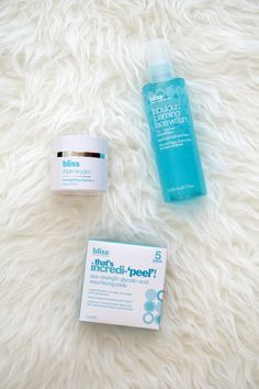 I am collaborating with Bliss SPA to share with you my tips and tricks on at-home 15 minutes facial.