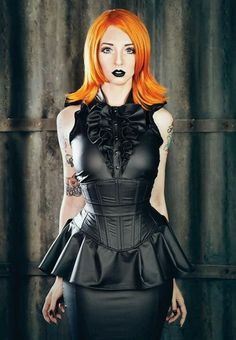 Beautiful women wearing Leather, Latex, Vinyl, and PVC lingerie and Fetish wear. Moda Steampunk, Steampunk Fashion, Hot Goth Girls, Gothic Girls, Goth Beauty, Dark Beauty, Dark Fashion, Gothic Fashion, Sexy Outfits