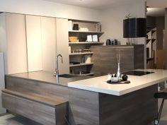 Découvrez nos meubles d'exposition avec remise exceptionnelle - Studio de la Cuisine #cuisines #salledebain #modernes #design #nantes