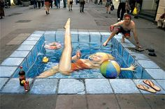 SPOTLIGHT: Amazing Street Art by Julian Beever English artist Julian Beever is considered a leading chalk artist in sidewalk art. 3d Street Art, Amazing Street Art, Street Art Graffiti, Street Artists, Amazing Art, Street Work, Chalk Artist, 3d Chalk Art, Art 3d