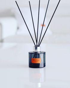 Huonetuoksu - ihana kookoksen ja sitruunaruohon tuoksu #roomscent #kylpyhuone #sisustus
