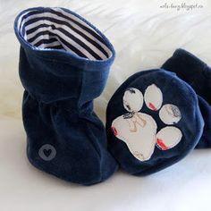"Шьем малышам: Мастер-класс ""Сапожки-угги"" для новорожденного (с выкройкой) Learn To Sew, Baby Knitting, Knit Crochet, Kids Outfits, Baby Shoes, Coin Purse, Slippers, Sewing, Blog"