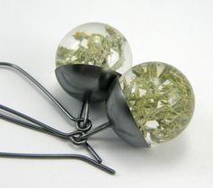 Moss Resin Earrings 2 van Sylwia Calus op DaWanda.com