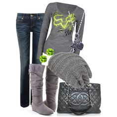 My style to the T, especially with the nice handbag.
