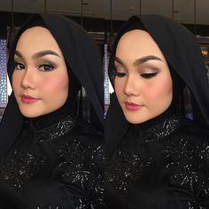 @vitriecassandra @riamiranda #makeup #makeuplook #makeupclass #makeupartist #makeupwisuda #makeupoftheday #makeupartistsworldwide #makeuptransformation #asianmakeuplooks #beauty #hijabersbandung #hijaberscommunity #hijabcantik #hijabstyle #rekhalenamakeup #muabandung #mua #muamalaysia #muaindonesia #makeuprevolution by rekhalena