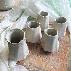 Slip casted cups from a 3D printed original. I'm stoked.  #ceramics #ceramicart #3dprinting #3Dprintedceramics #clay #porcelain #slip #slipcast #plaster #cups #cupdesign #fusion360 #wip #bayareaart #bayareaceramics #oaklandart #cca #ccaceramics #jessicayoungceramics by jessicat.ceramics