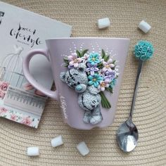 All about polymer clay – Ceramic Polymer Clay Christmas, Cute Polymer Clay, Polymer Clay Dolls, Polymer Clay Flowers, Polymer Clay Projects, Polymer Clay Jewelry, Cute Mug, Cold Porcelain Flowers, Clay Cup