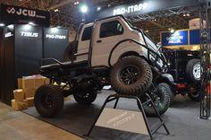 Mini Trucks, Cool Trucks, Mini 4x4, Suzuki Every, Dodge Nitro, Camping Needs, Expedition Truck, Mini Camper, Cool Vans