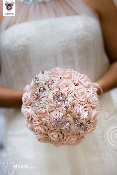 Wedding bouquet...I don't usually like pink but this is pretty.