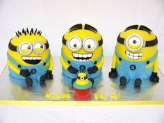 Minion Madness! Cake by hellobabycakes
