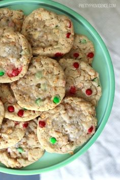 These copycat momofuku milk bar cornflake marshmallow cookies are the best Christmas cookies ever!