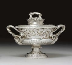 A GEORGE IV SILVER SAUCE TUREEN AND COVER - MARK OF JOHN BRIDGE, LONDON, 1825