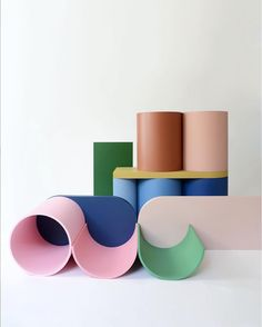 Happy colors inspiration from a Belgium design and furniture studio. A colour palette essential. Color Shapes, Happy Colors, Abstract Sculpture, Memphis, Wall Collage, Color Inspiration, Color Mixing, Furniture Design, Packaging