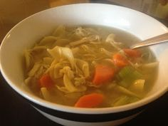 Homemade Chicken Noodle Soup Chicken Noodle Soup, Thai Red Curry, Stew, Noodles, Food And Drink, Cooking Recipes, Homemade, Meals, Ethnic Recipes