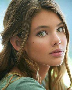 Pretty Eyes, Beautiful Eyes, Most Beautiful, Beautiful Women, Beautiful Models, Absolutely Stunning, Beautiful Curves, Beautiful Clothes, Girl Face