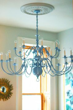 Little Green Notebook: DIY: Painting a Brass Chandelier - inspiration for painting brass lanterns for my laundry room. Chandelier Makeover, Brass Chandelier, Spray Painted Chandelier, Chandelier Ideas, Iron Chandeliers, Painted Furniture, Diy Furniture, Paint Brass, Little Green Notebook