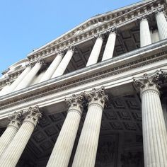 No image does St. Paul's Cathedral justice. It is a must-see! #england #springbreak #london