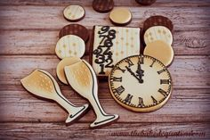 http://thebakedequation.com/wp-content/uploads/2013/12/New-Years-Eve-Cookies-6-PM.jpg