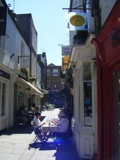 Shopping in the back streets of Richmond upon Thames, Surrey Richmond Upon Thames, Royal Park, Hampton Court, Beautiful Streets, Kew Gardens, River Thames, Historic Homes, Surrey, Places Ive Been